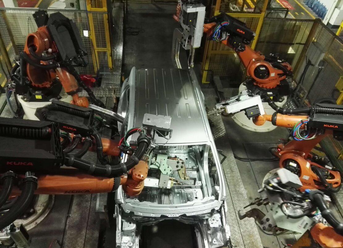 RETROFIT OF WELDING LINE KUKA ROBOT